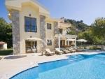 İzmir ceşme de ultra lüks kiralık havuzlu villa
